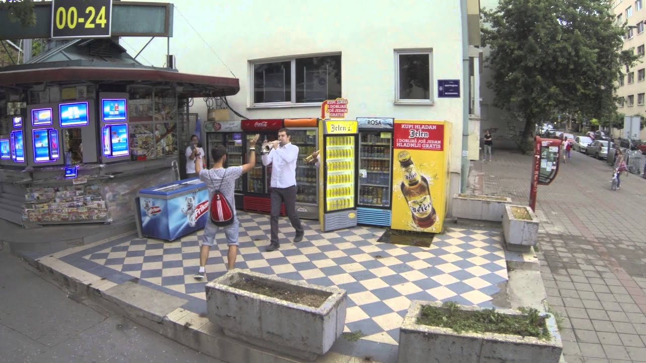 Kada iz Jelen frižidera izađe Guča - YouTube