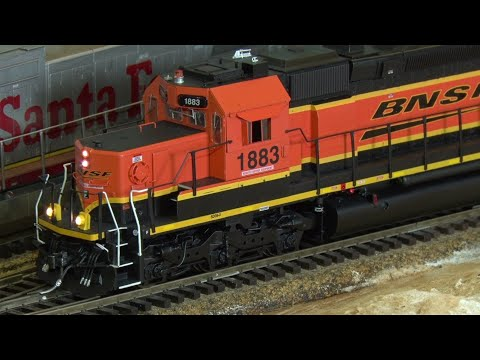 Review : Athearn SD39 -2 . RTR. With Econami Sound Decoder.
