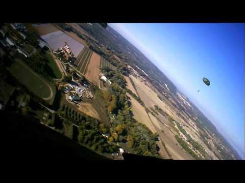 Saut Airborne Center commemoratiff Suez Algérie pour les 60 ans de l'opération Mousquetaire