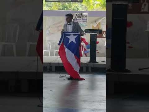 Estudiante de 11mo Escuela Superior Medardo Carazo Trujillo Alto