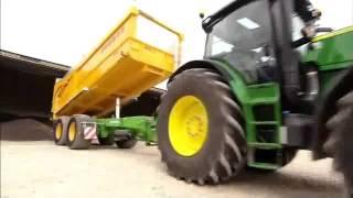 John Deere 6R,   offizielles Video Deutsch.(Der neue 6R hat bis zu 210 PS! Es ist von John Deere und nicht von mir!!!, 2011-06-14T08:46:53.000Z)