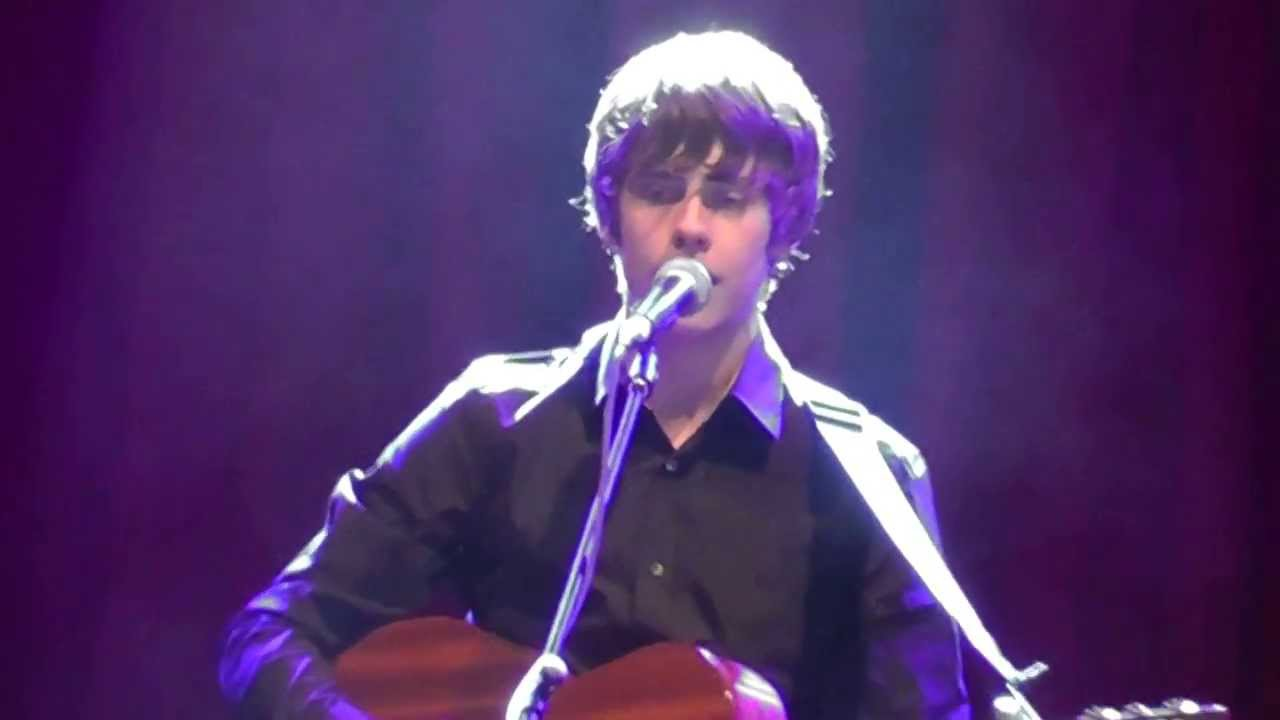 Glastonbury 2013 JAKE BUGG Acoustic Tent Seriously talented : acoustic tent - memphite.com
