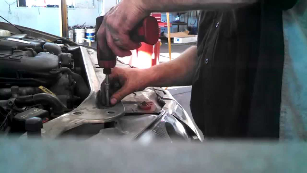 radiator fan assembly replacement 1998 2004 chrysler 300m install remove replace how to youtube [ 1280 x 720 Pixel ]