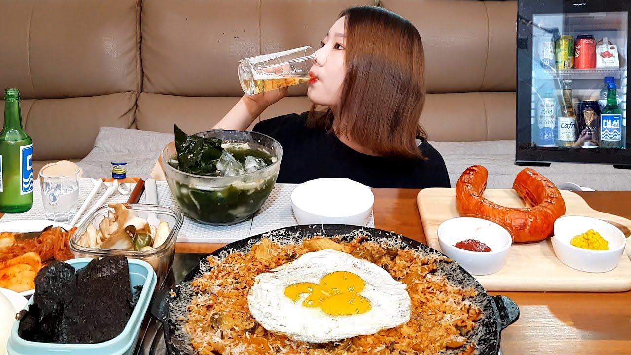 눈 내린 김치볶음밥❄(?)에 킬바사 소세지는 말잇못 🙊 혼술 먹방 ASMR MUKBANG EATING SHOW
