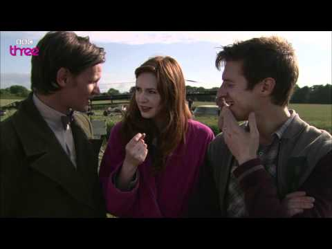 We're going live Confidential - Doctor Who - French Subtitles
