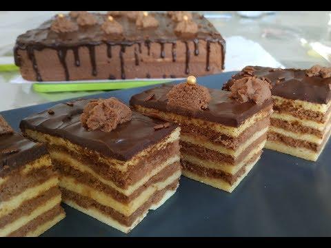 recette-de-gâteau-avec-de-la-crème-chocolat-et-mascarpone/fluffy-sponge-cake-with-chocolate-cream