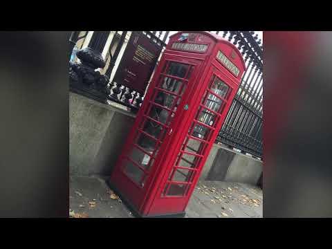 ロンドンの2階建赤バスはスタイリッシュ。London's bus (coach) is cool!