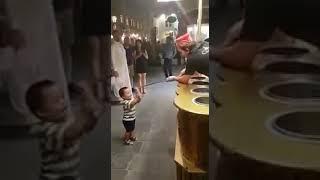 ICE CREAM MAN WITH FUNNY KID