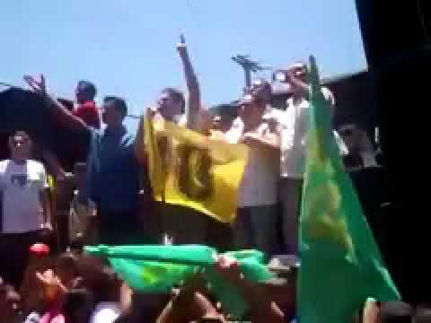 Durante discurso, Ciro Gomes tentou bater em manifestantes