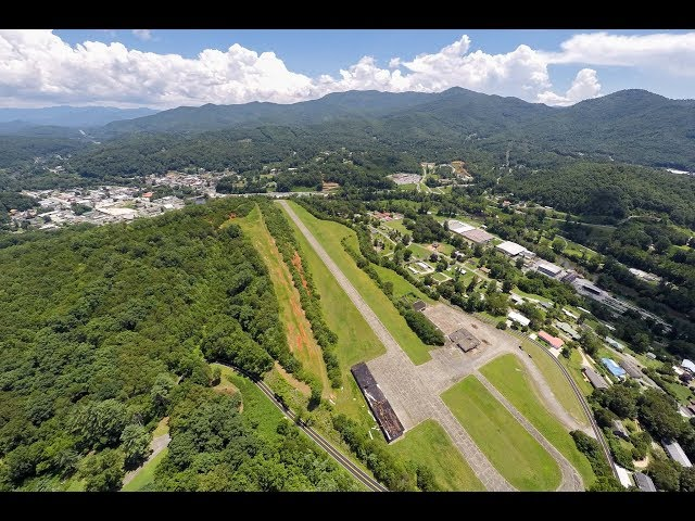 Bryson City Airstrip and Estate