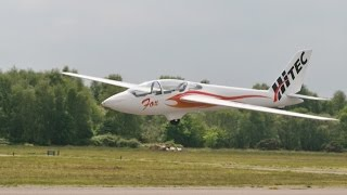 GIANT SCALE RC GLIDERS DISPLAYED BY THE PARITECH TEAM AT BLACKBUSHE RC MODEL AIRCRAFT SHOW - 2014