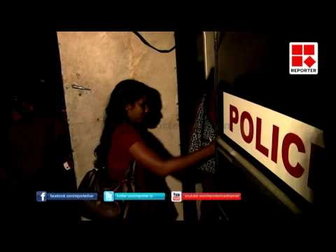 police-arrested-women-strikers-from-alappuzha-medical-college