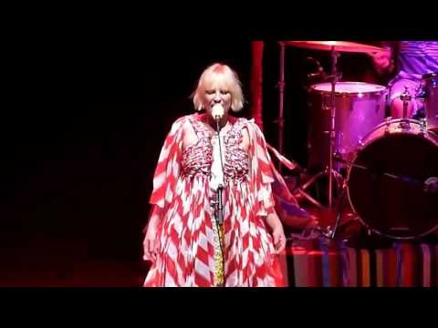 Sia - Buttons (Live 2011)