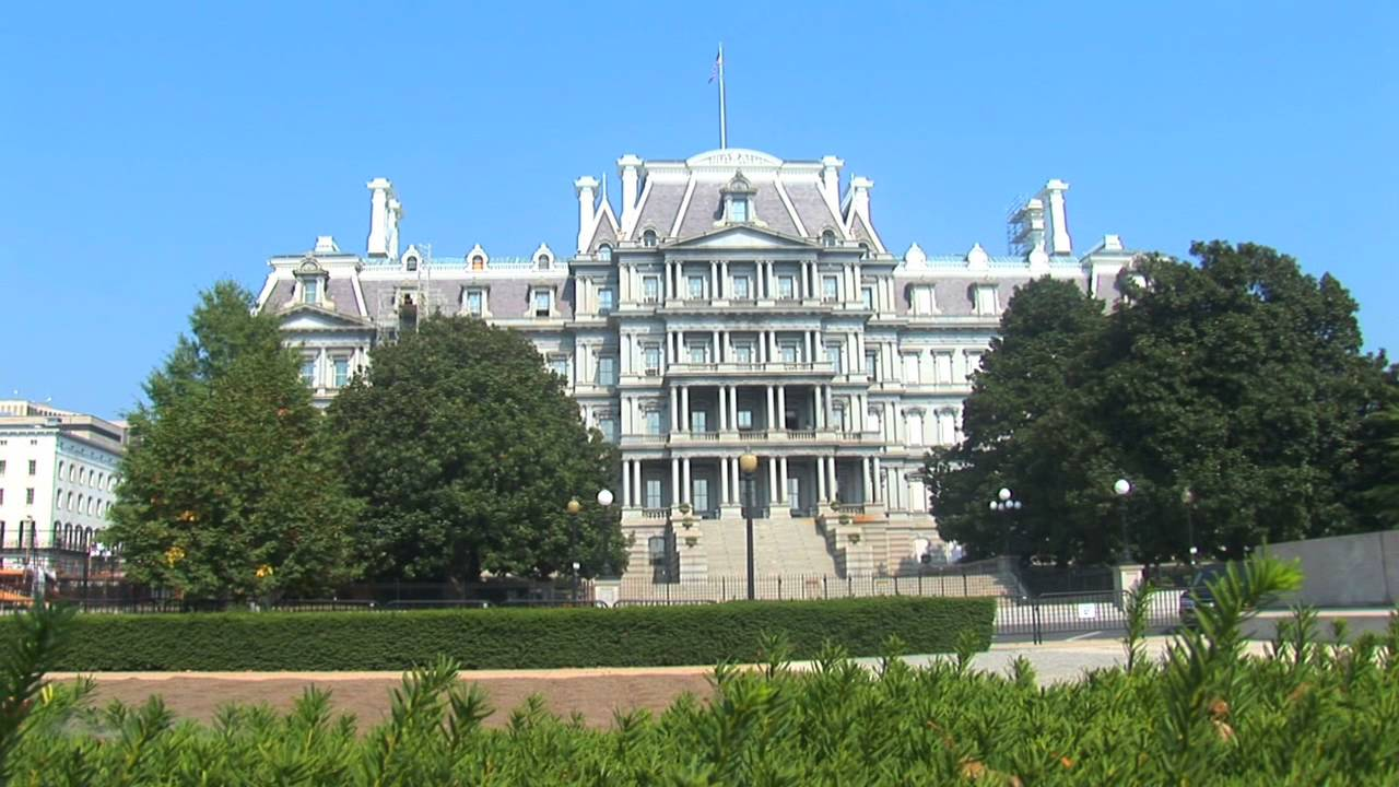 Eisenhower executive office building next to the white for Building a house in washington state