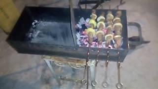 Шашлык на мангале изготовленной дома