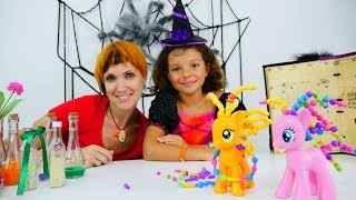 Игрушки Литл Пони, Маша и маленькая ведьма Кати. Видео с игрушками - распаковка май пони Эпл Джек.
