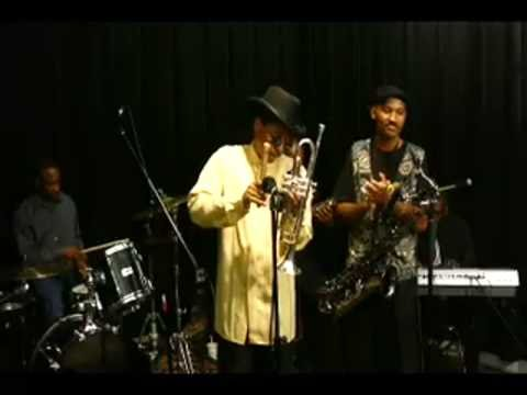 Live smooth jazz   'Brooklyn style'