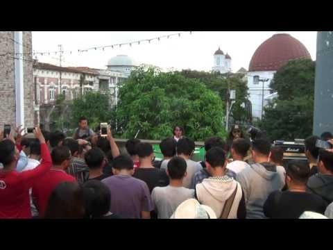 Gugun Blues Shelter  - Konser Hitam Membiru Semarang