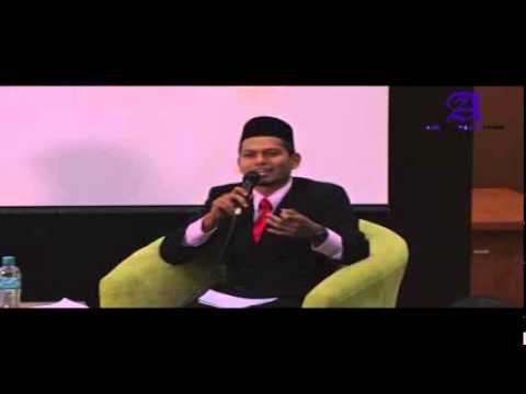 "UUM Talk Show: Forum Remaja ""Rusuk Kiriku Bergetar"""