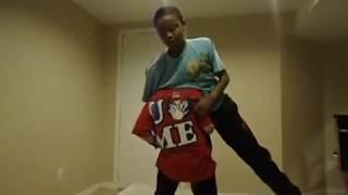 Repeat youtube video WWE John Cena vs. Kane