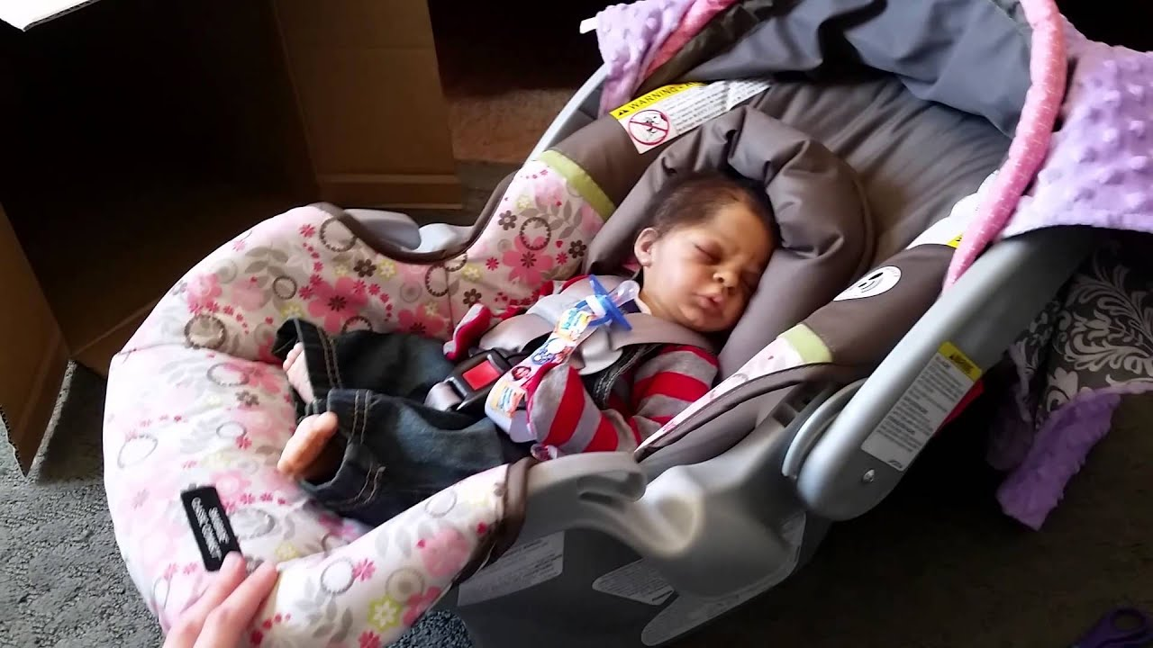 reborn baby zayden tries out his sister 39 s carseat youtube. Black Bedroom Furniture Sets. Home Design Ideas
