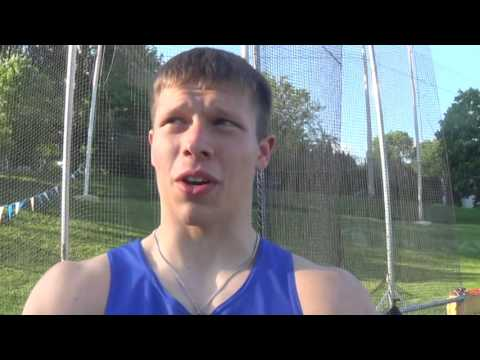 N-K Tom Yezek wins 1A discus title
