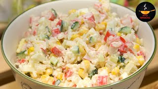 Крабовый салат с кукурузой и огурцом. Вкусный рецепт