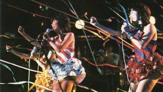 キャンディーズ・サマージャック'77から。78年4月4日ファイナルカーニバルでの後楽園球場5万人ライブへの挑戦が、この曲のテーマと重なるように思えます 。 ・サマー ...