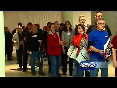 Kansas GOP caucuses draw Cruz, Trump to Wichita