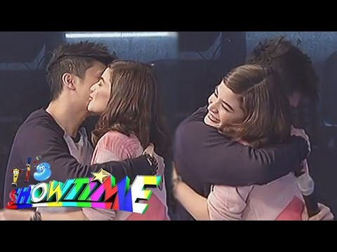 Vhong and Anne kissed and hugged on It's Showtime!