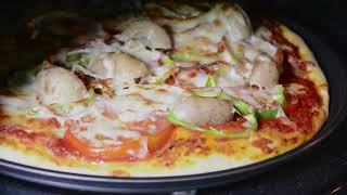 تعلّمي كيف تحضرين بيتزا مثالية في المنزل مع مايكرويف سامسونج الذكي
