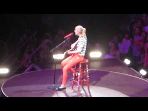 Taylor Swift Starlight 5-29-13