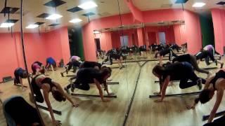 Функциональная тренировка на пресс / фитнес / оборудование - бодибар