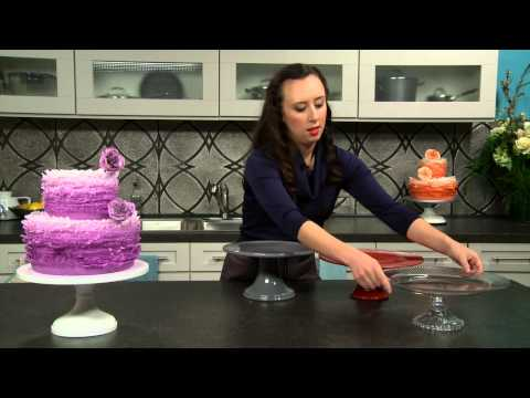 How To Choose The Correct Pedestal Cake Stand With Maggie Austin From Craftsy.com