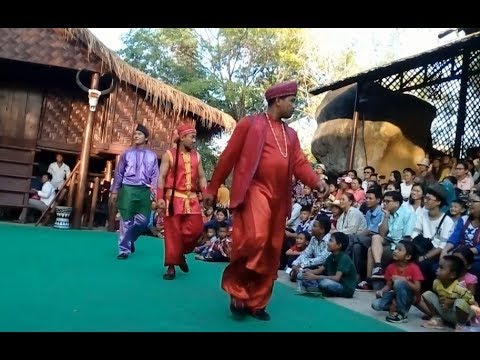 Cambodian Travel | Cultural Village | Khmer ethnic minority Dance at Siem Reap Angkor #4