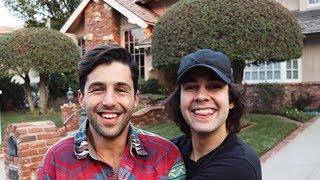 Josh Peck VISITS Drake & Josh House & His Reaction Is Priceless