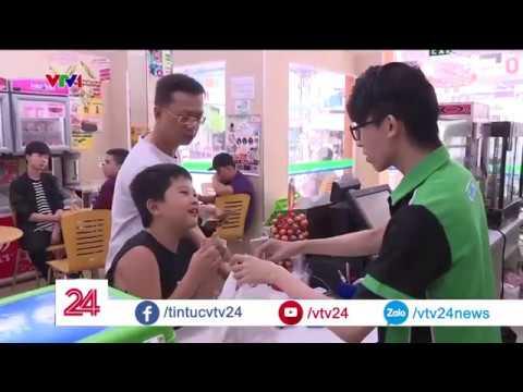 """Giám đốc vận hành 7 Eleven Việt Nam: """"Phải tốn rất nhiều chi phí cho lòng tin khách hàng""""   VTV24"""