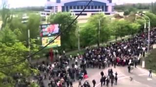 СБУ обнародовала фильм о событиях 9 мая в Мариуполе(В редакцию i24.com.ua поступило видео, предоставленное Донецким областным управлением СБУ о событиях 9 мая 2014..., 2015-05-06T12:42:46.000Z)
