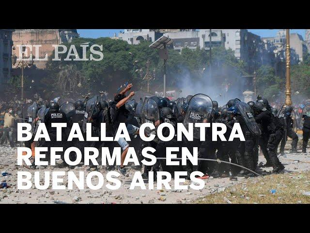 Risultati immagini per manifestazioni argentina pensioni