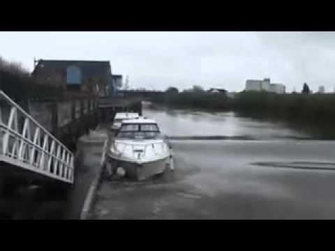 River Trent's tidal bore (The Aegir)  April 9th 2012. 13.49 pm