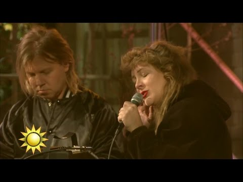 Niki & The Dove - Play it on my radio (Live) - Nyhetsmorgon (TV4)
