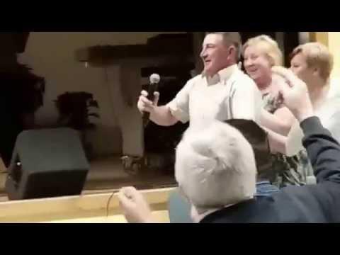 Turi Zoli - A nézését meg a járását -Karaoke