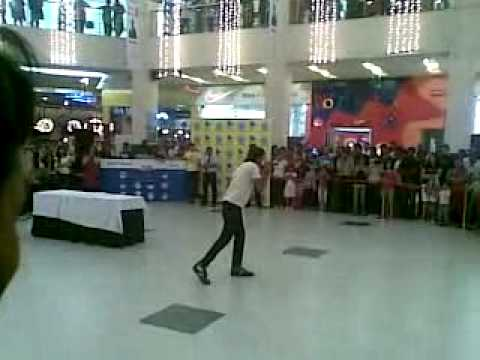 Professor Ulfat Sultan Live @ Fab Forum Mall, Bangalore - Radio 94.3