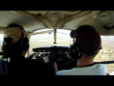 Landing at Poughkeepsie's Dutchess County Airport (KPOU) Runway 33 on a Bumpy Day