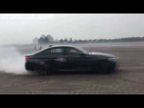 F90 BMW M5 in 2WD and 4WD Sport mode in Singapore
