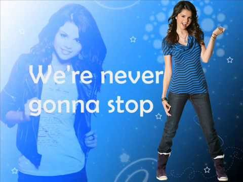 Selena Gomez-Round and Round (lyrics)