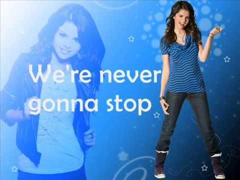 Selena Gomez-Round and Round (lyrics)