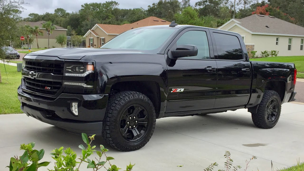 2017 Chevrolet Silverado Z71 Midnight Edition Quick Look