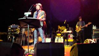 Possession - Elvis Costello & The Imposters - Gramercy Theater - 4/1/11