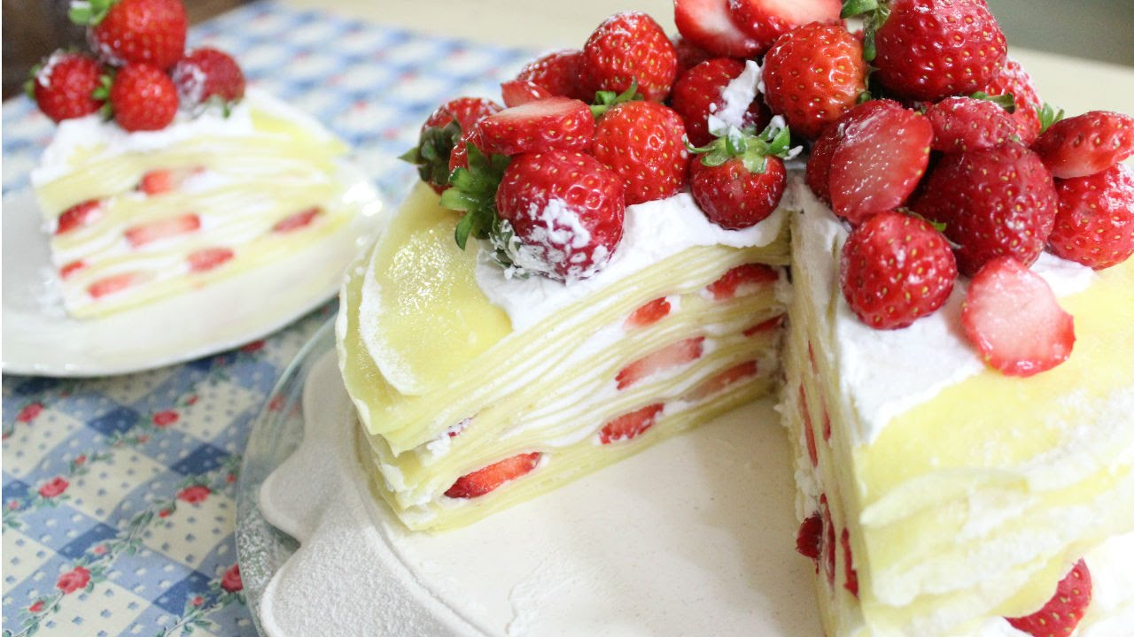 Strawberry Crepe Cake 딸기 크레이프 케이크 Youtube